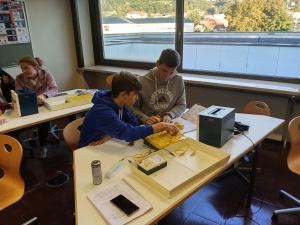8D - Experimentieren mit Strom im Physikunterricht