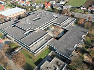Gymnasium Hartberg von oben (Fotos: Günter Obendrauf)